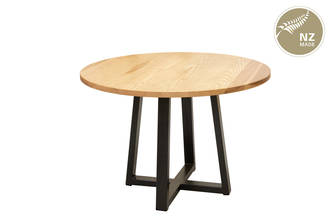 Thorndon Tapered  Base 1300mm  Round Table & Barleaner